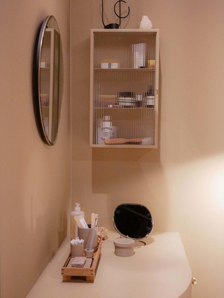 ne pas stocker les médicaments dans la salle de bain
