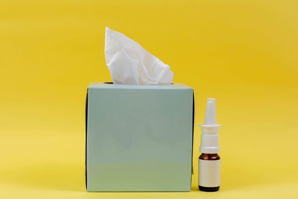 nettoyage de nez au sérum physiologique