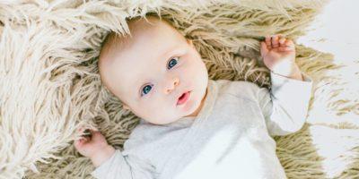 Soulager les maux de dents des nourrissons